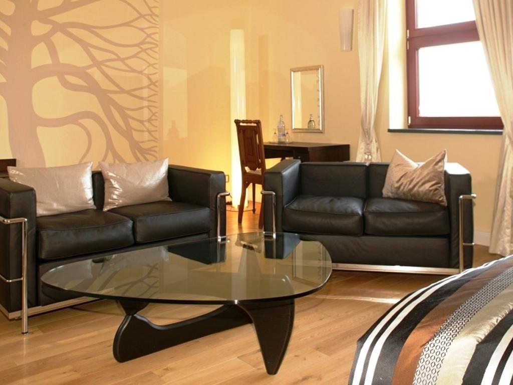 hotel schloss ranzow hotel deutsche inseln. Black Bedroom Furniture Sets. Home Design Ideas